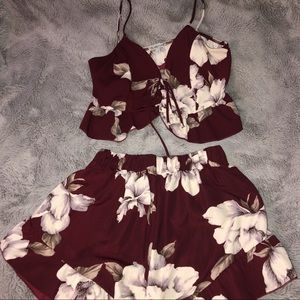 Floral burgundy set